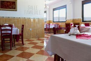 Restaurant Zemmouri Courbet Marine  salle famille 1ere